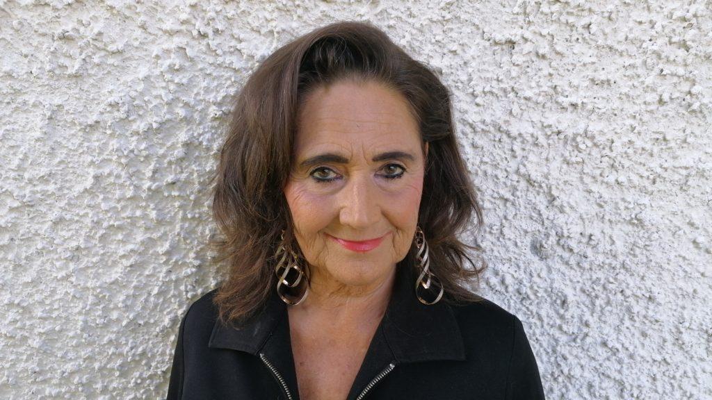 Edith Zellweger, Salez